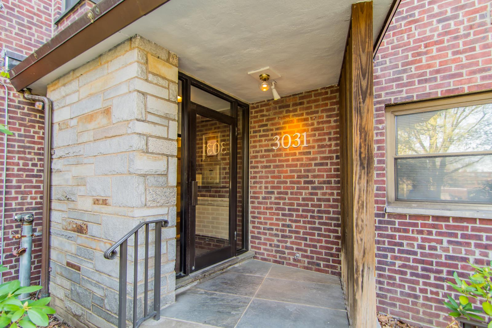 Renovated Large Top Floor Unit In Fort Lee Tiffany Elia Hojo Real Estate